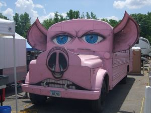 Pig Bus at the barbecue competition