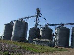 Presho Grain Growers Tanks